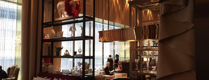 B BAR at the Baccarat Hotel is one of Drinks.