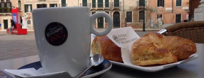 Bar Ai Artisti is one of Italie — Restos 2.