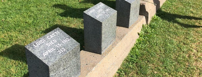 Titanic Graves (Fairview Lawn) is one of Halifax, NS.