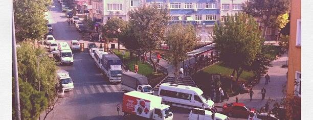 Hırka-i Şerif is one of İstanbul | Fatih İlçesi Mahalleleri.