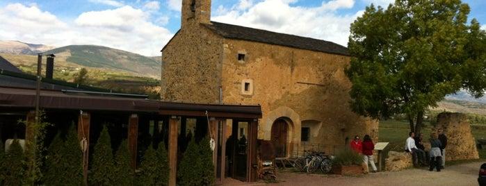 Ermitatge de Quadres is one of A comer y a beber.