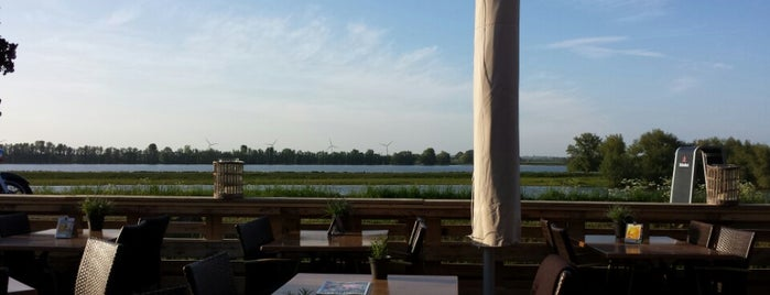 Bistro De bolle is one of Favo Food Maas&Waal.