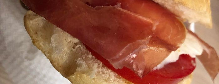 Panino Divino is one of Rome | Street Food out-of-street.
