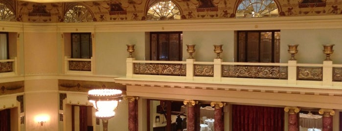 Metropol is one of Hotel.