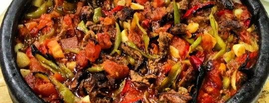 Hatay Restaurant is one of ADANA-MERSİN-HATAY GURME MEKANLARI.