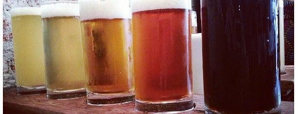 Cervejaria Nacional is one of Henri's TOP Bars!.