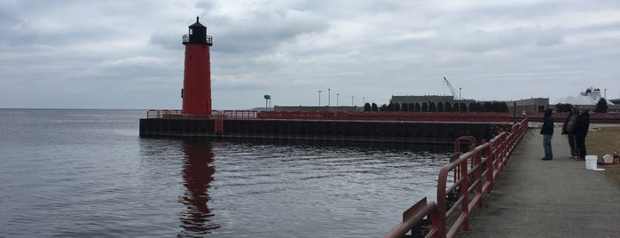 Milwaukee Pierhead Lighthouse is one of Guide to My Milwaukee's best spots.