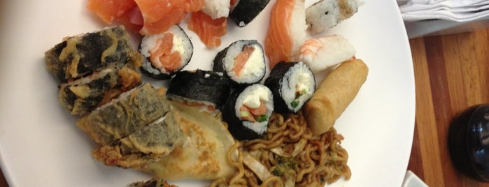 Mitsue is one of Guia Rio Sushi by Hamond.