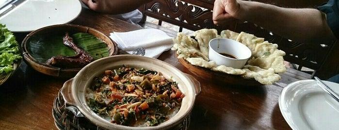 Boemi Joglo is one of Bandung Kuliner.