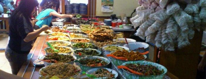 Nasi Bancakan Mang Barna & Bi O'om is one of Food Spots @Bandung.