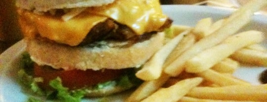 Suns Burger is one of em Sampa.