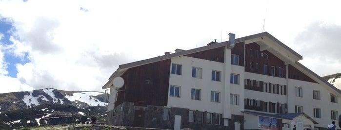 Хижа Рилски Езера (Rila Lakes Chalet) is one of Ski Zones.