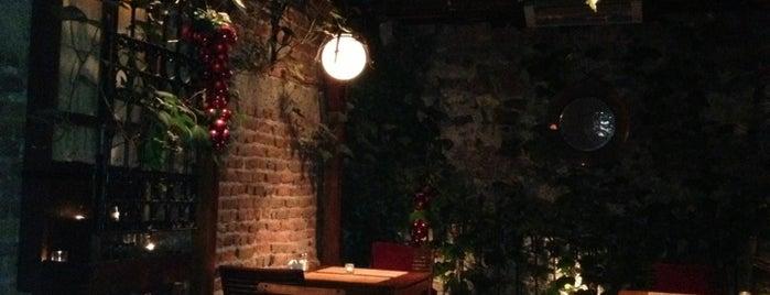 Kalecik Restaurant is one of bursa.