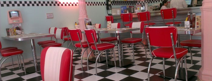 Peggy Sue's American Diner is one of Restaurantes que admiten cheques Gourmet.