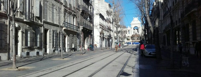 Station Longchamp [T2] is one of Tramway de Marseille.