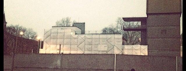 Berlin Wall Memorial is one of Berlin for free.