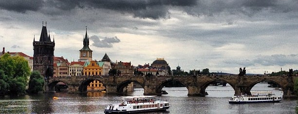 Vltava is one of Prag.