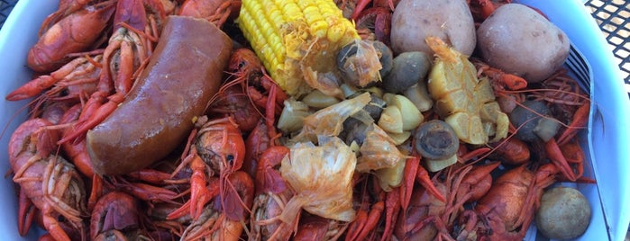 Crawdads Sports Bar & Grill is one of Places to try.