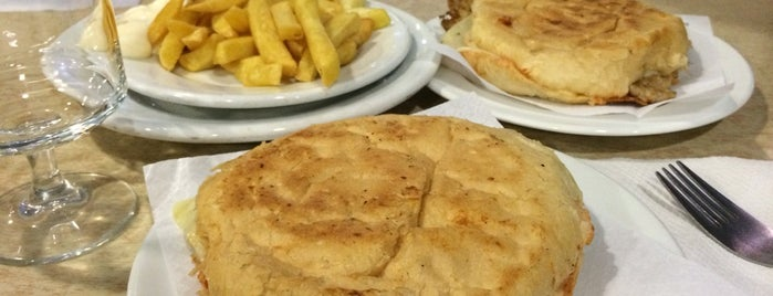 Domenech is one of comidas.