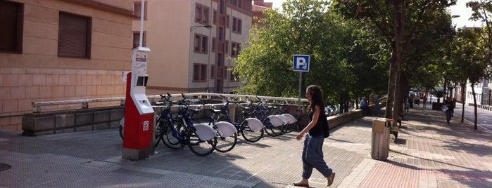 Estación de Bicicletas Bilbonbizi Iruña is one of Estaciones de Bicicletas Bilbonbizi.