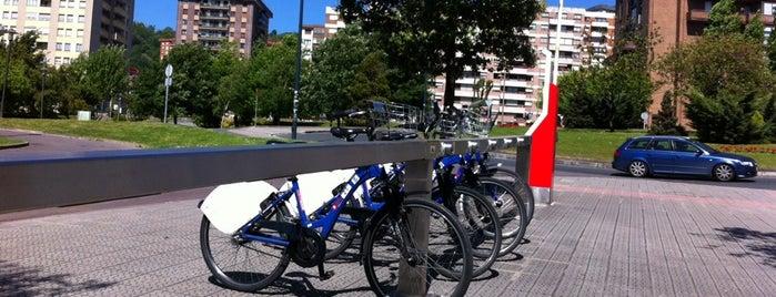 Estación de Bicicletas Bilbonbizi Parque Etxebarria is one of Estaciones de Bicicletas Bilbonbizi.