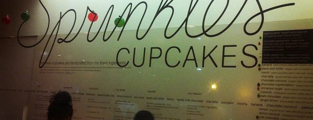 Sprinkles Cupcakes is one of Must-visit Food in Chicago.