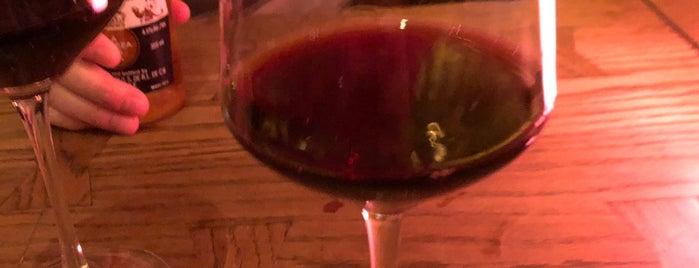 DiVino Wine Bar & Restaurant is one of Tim's Favorite Restaurants & Bars around The Globe.