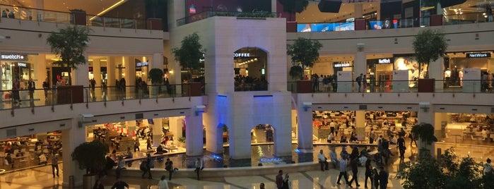 İstinyePark is one of İstanbul'daki Alışveriş Merkezleri.