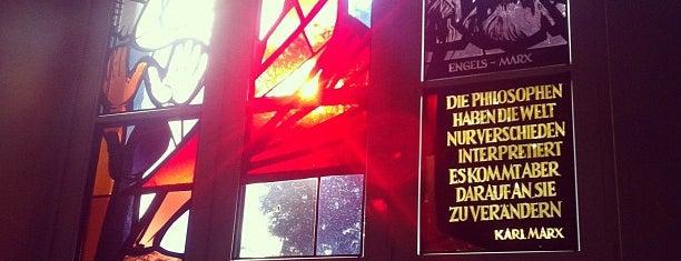 Humboldt-Universität zu Berlin is one of Socialist Art and Architecture in East Berlin.