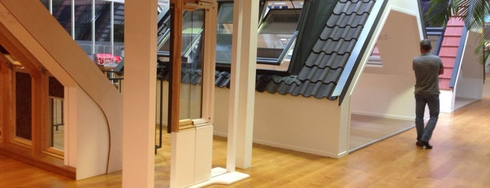 VELUX Nederland B.V. is one of Peter's Favo's.