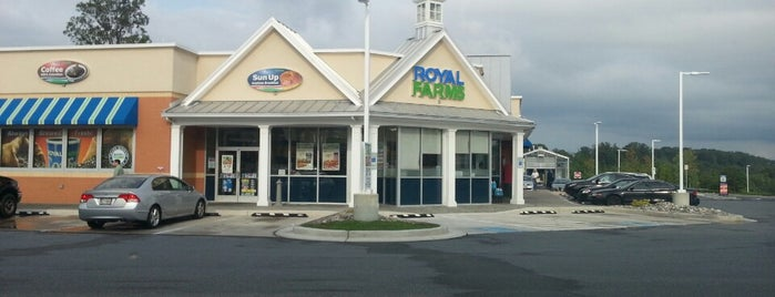 Royal Farms is one of Favorites.