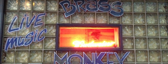 Brass Monkey Saloon is one of Fells Point Tour.