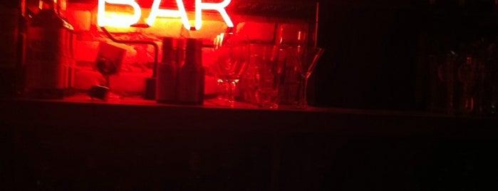 Boca de Ouro is one of Henri's TOP Bars!.