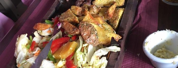"""La Vaca Glotona - Brasería is one of """"Restaurantes"""" para probar o repetir."""