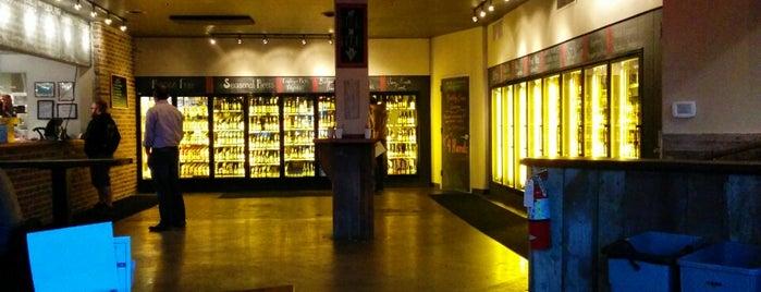 Bridger's Bottle Shop is one of Drink Spots in KC.