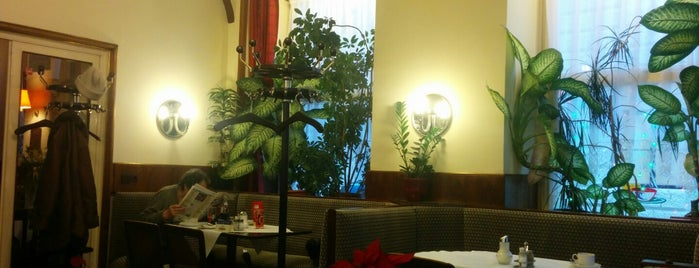 Café Rathaus is one of eat.