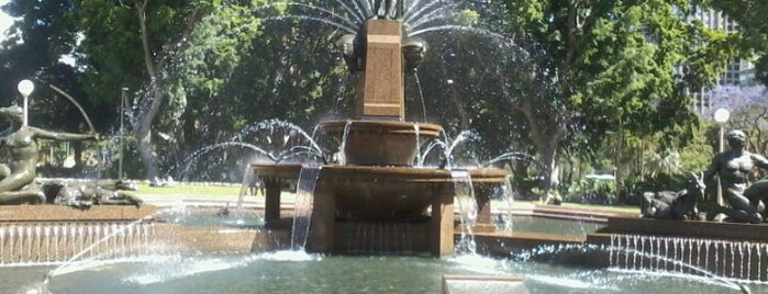 Archibald Fountain is one of Around The World: SW Pacific.