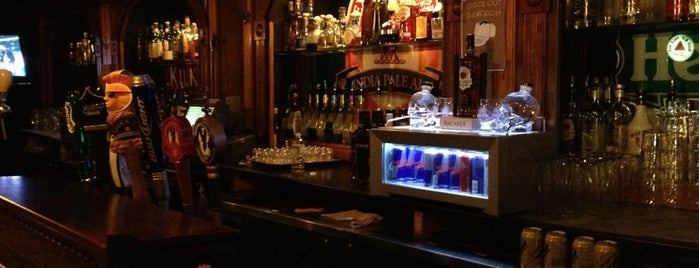 The Merchant Tap House is one of Favorite Food.