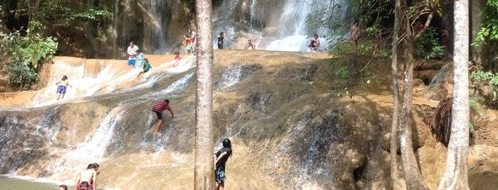 Sai Yok Noi Waterfall is one of Bangkok.