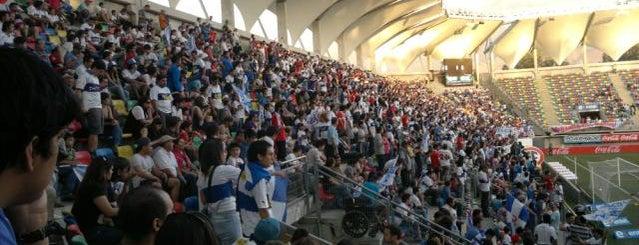 Estadio Bicentenario de La Florida is one of Estadios.
