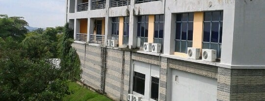 Faculty of Computer and Mathematical Sciences is one of owning..haha.