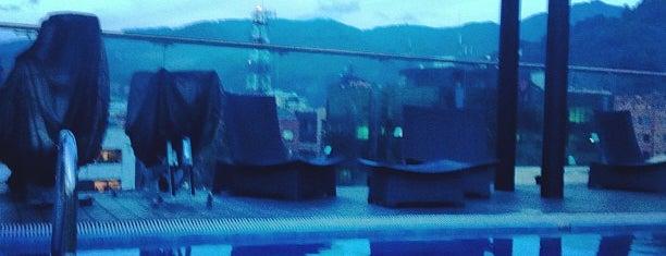 Hotel Estelar Parque de la 93 is one of Mis hoteles favoritos.