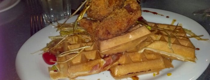 Hash House A Go Go is one of Chicago Food Love.