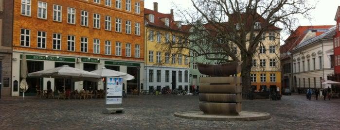 Gråbrødre Torv is one of Hip to Be Square!.