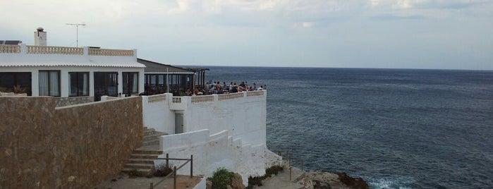 Mena is one of Restaurantes visitados.