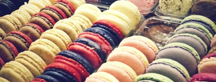 Fab Sweets is one of مطاعم.