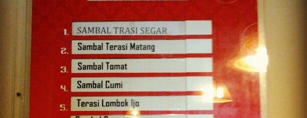 Super sambal Lampersari is one of Top 10 restaurants when money is no object.
