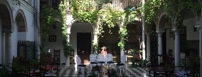 El Palacio del Corregidor is one of Donde comer y dormir en cordoba.