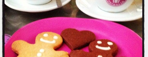 Cupcake (colón) is one of Panaderias y tiendas de dulces que me gustan.