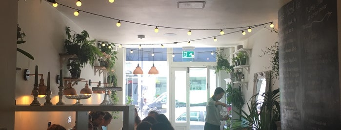 Apres Food Co is one of London to try.